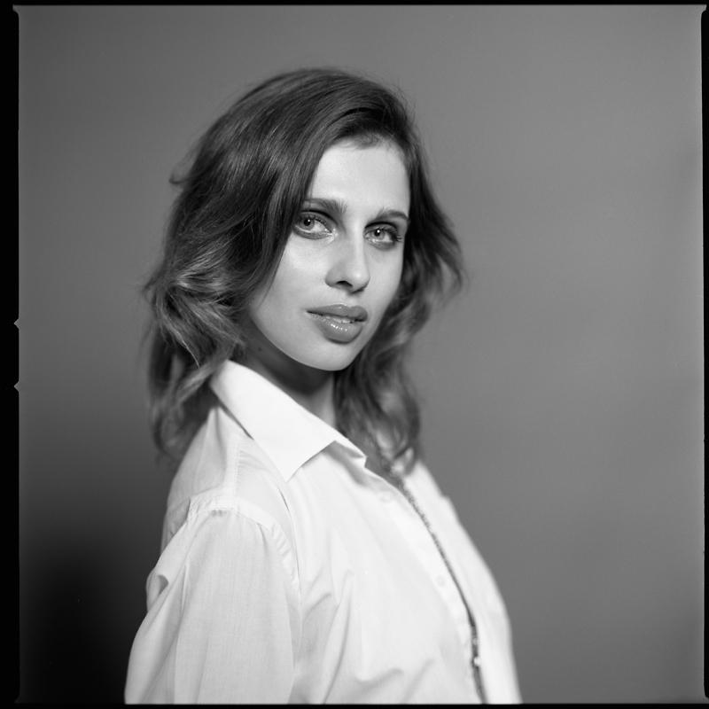 Agnieszka, MAKATA STUDIO, portret, fashion, analog, hasselblad 203FE, Kodak TMAX 100