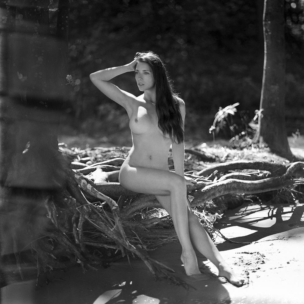 polska, analog, hasselblad 203FE, modelka, Ninoveron, akt, nude, plener, Aga