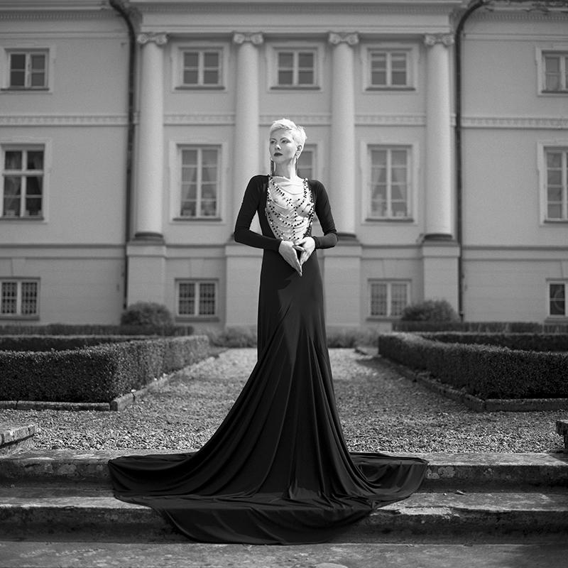 polska, analog, hasselblad 203FE, modelka, Ninoveron, akt, topless, nude, plener, Magda, bronx