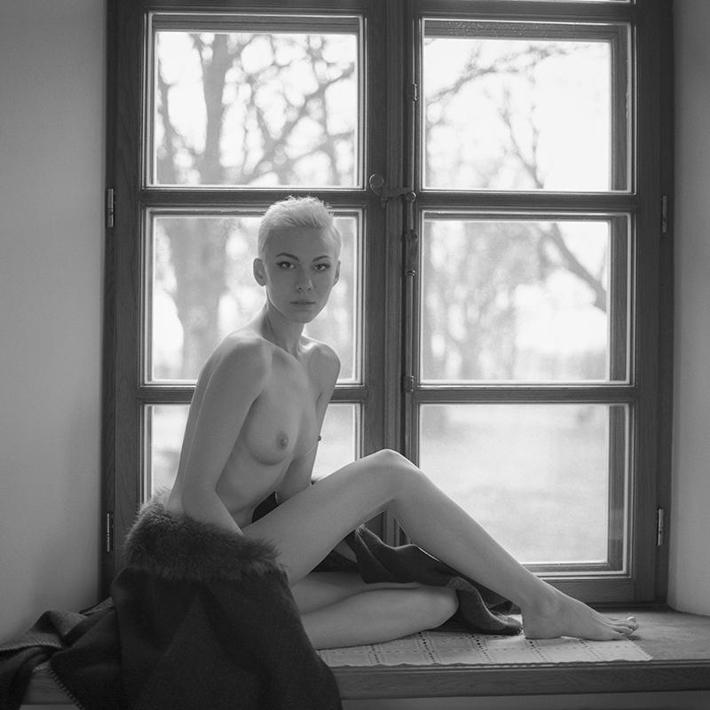 Akt, analog, bronx, hasselblad 203FE, Magda, modelka, Ninoveron, nude, poland, polska, dworek Janowicki