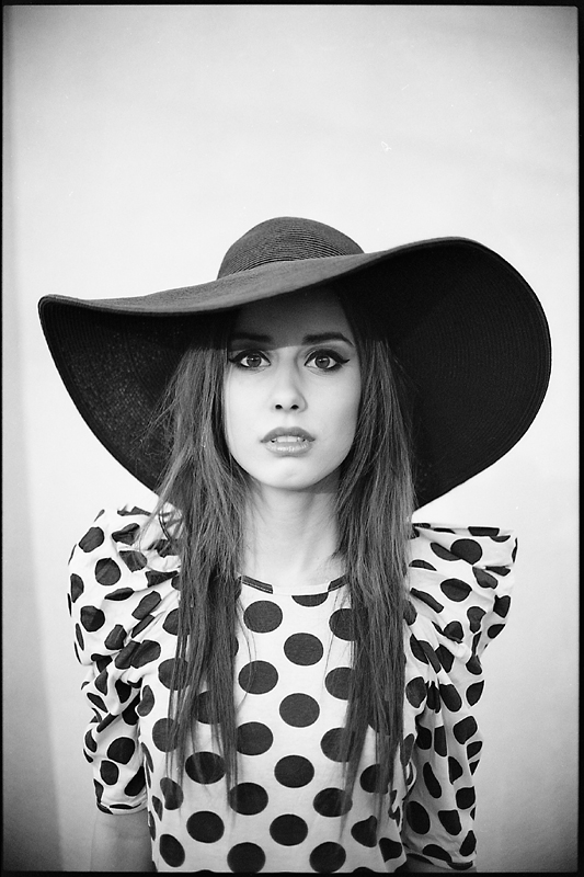 analog, Karolina Augustyn, carolajn, Nikon F100, modelka, fashion, plener, Ola Fijałkowska