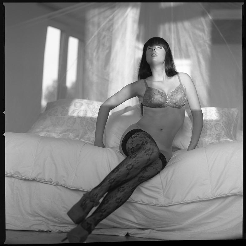 Akt, analog, hasselblad 203FE, modelka, Ninoveron, nude, Studio, wnętrza, doris, doris_ka, dorota