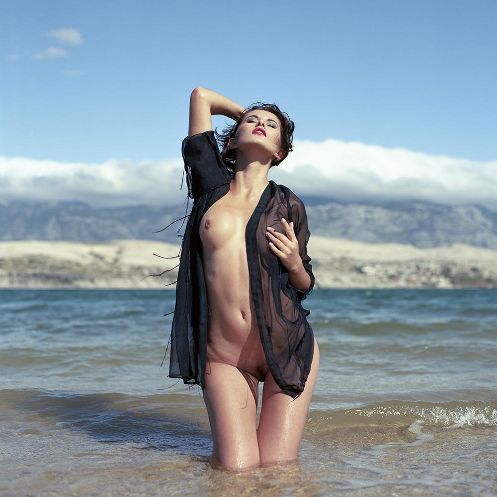 croatia, chorwacja, analog, hasselblad 203FE, modelka, Ninoveron, akt, nude, plaża, Marta, plener, Enigma, Enigma89