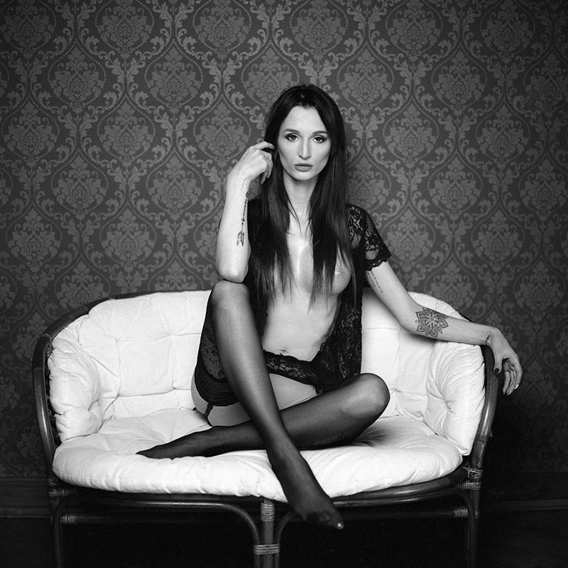 Akt, analog, wnętrza, hasselblad 203FE, Ewelina, modelka, studio, Ninoveron, nude, poland, polska
