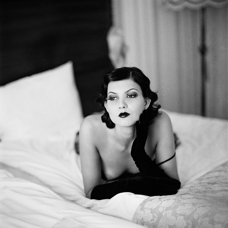 polska, analog, hasselblad 203FE, modelka, Ninoveron, akt, topless, fashion, Monika Galla