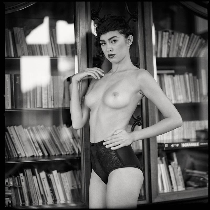 analog, Angelika, Hasselblad 203FE, modelka, akt, nude, plener, Dwór Pomorski