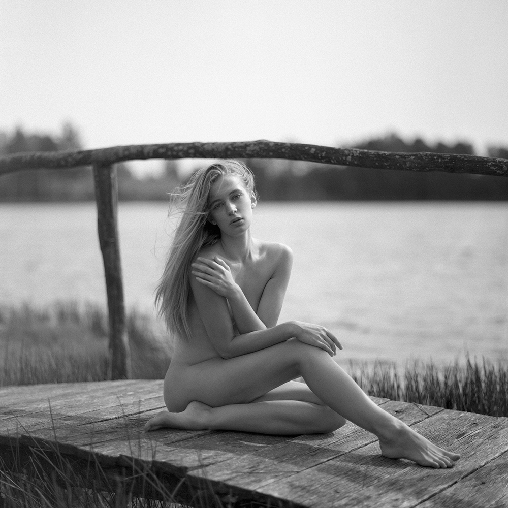 polska, analog, hasselblad 203FE, modelka, Ninoveron, akt, nude, jezioro, women, Podlaskie Plenery Fotograficzne