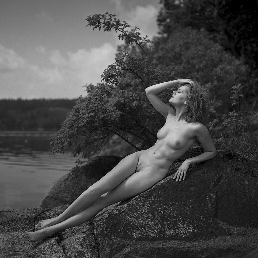 czechy, analog, hasselblad 203FE, modelka, Ninoveron, akt, nude, jezioro, plener, Kate-ri, Kaciaryna, Kate  Kasyanova
