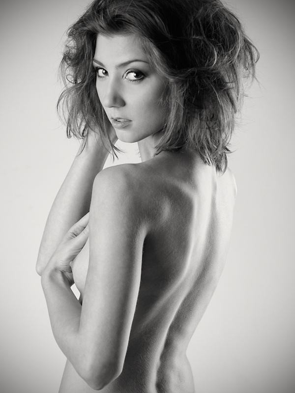 Agnieszka, Koni, Matleena, studio, akt, nude, topless, portret, modelka