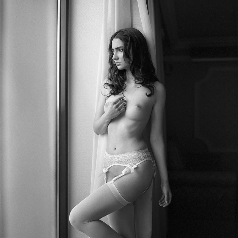 Akt, analog, wnętrza, hasselblad 203FE, Lila da Kot, Fajkier, modelka, studio, Ninoveron, nude, poland, polska