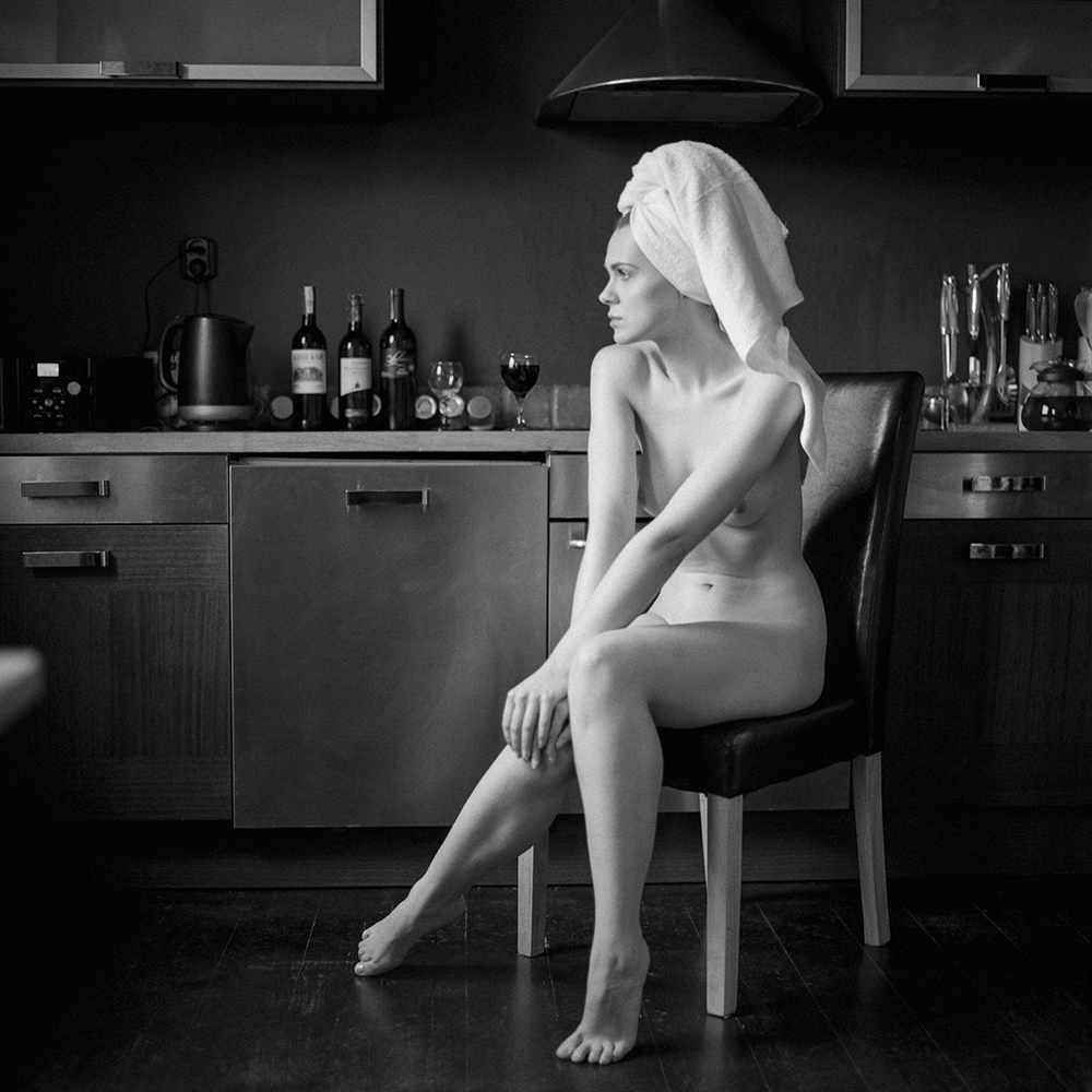 analog, hasselblad 203FE, modelka, Ninoveron, akt, nude, dom, Klaudia, Lola Virginia, polska, women