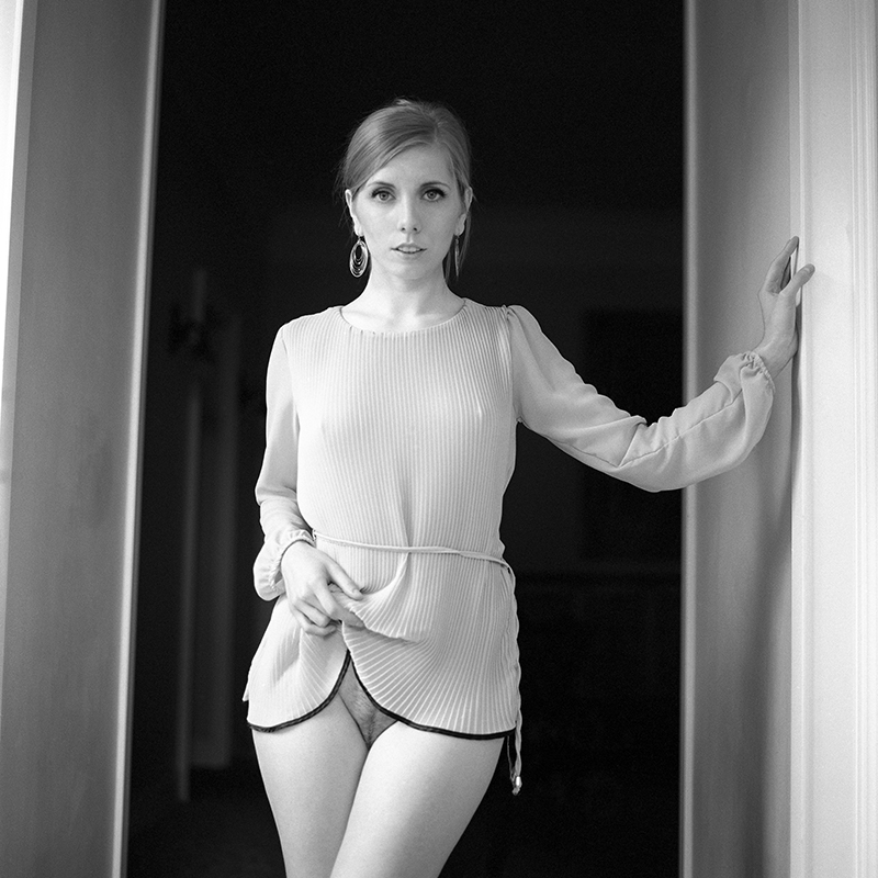 polska, analog, hasselblad 203FE, modelka, Ninoveron, akt, nude, Warszawa, Zegrze, Paula, Lylly