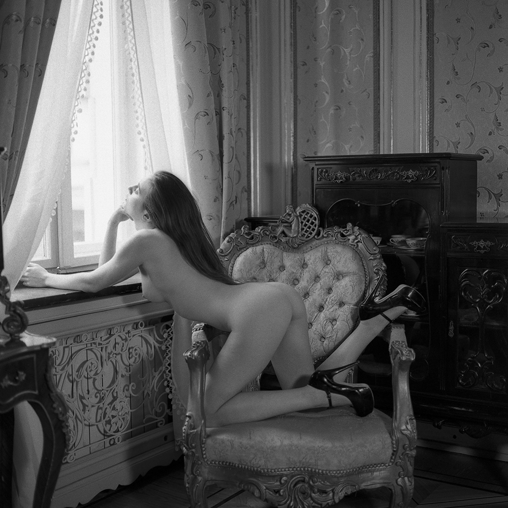 polska, analog, hasselblad 203FE, modelka, Ninoveron, akt, Karolina, wnętrza, nude, maille