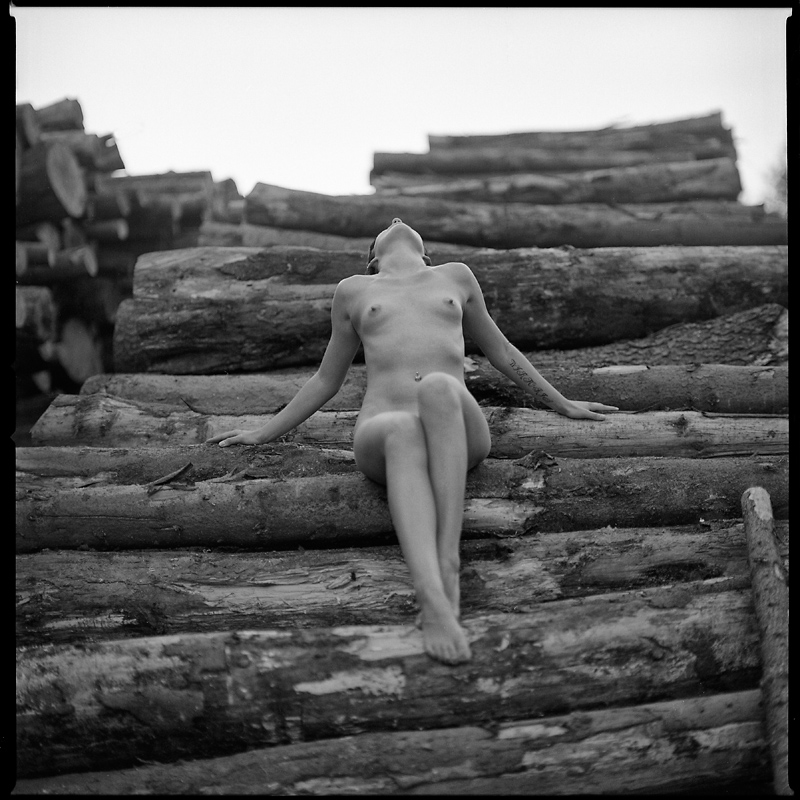Ania, akt, nude, góry izerskie, plener, analog, hasselblad 203FE