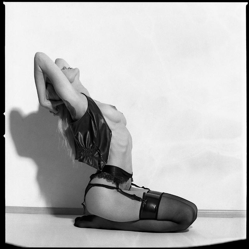 Akt, analog, hasselblad 203FE, modelka, Ninoveron, nude, Studio, Judyta, Mariateresa69