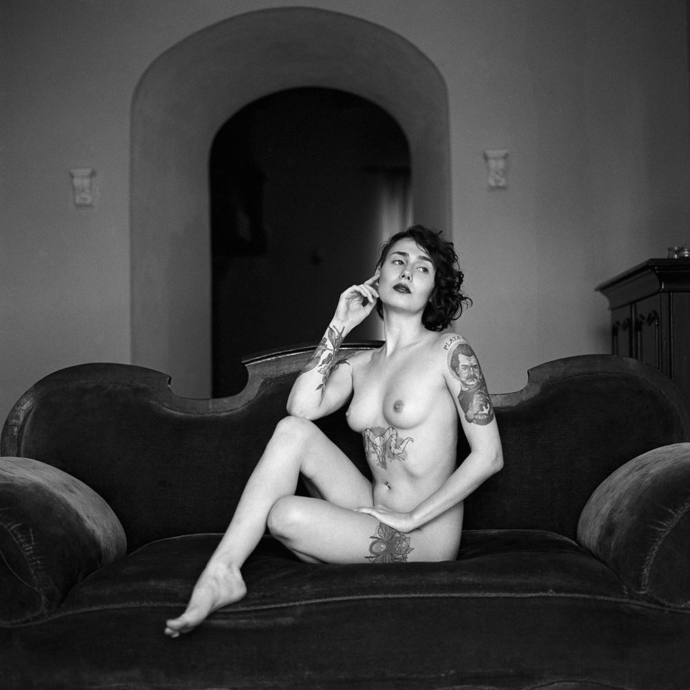polska, analog, hasselblad 203FE, modelka, Ninoveron, akt, nude, martyna, pffeffa, women, sen na jawie