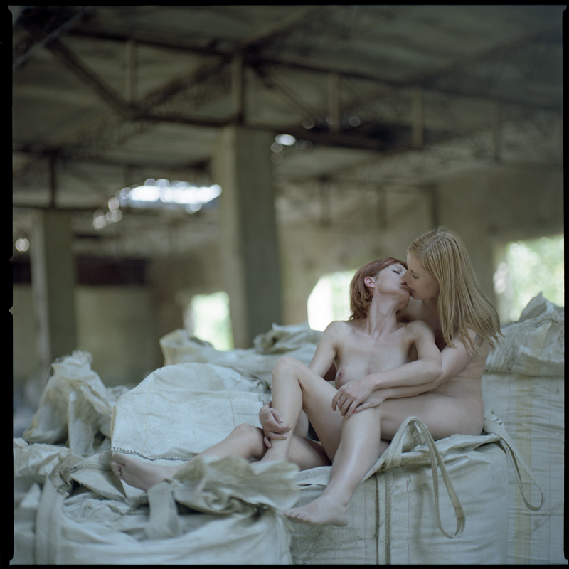 Magda, Meggi, Ania, mallenka25, fabryka, akt, nude, analog, hasselblad 203FE