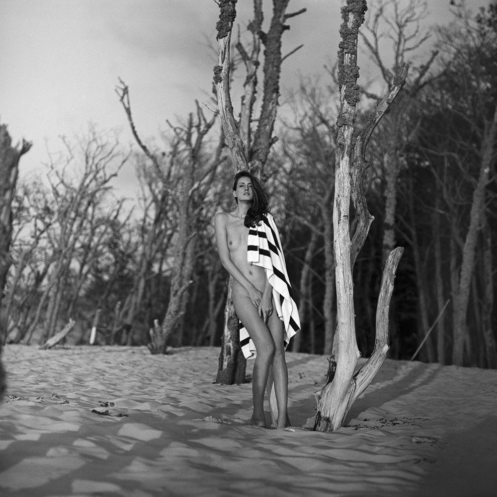 polska, baltyk, analog, pentacon six, modelka, Ninoveron, topless, akt, act, nude, morze, sea, Michaela, Michaela Novakova, czeszka, plener