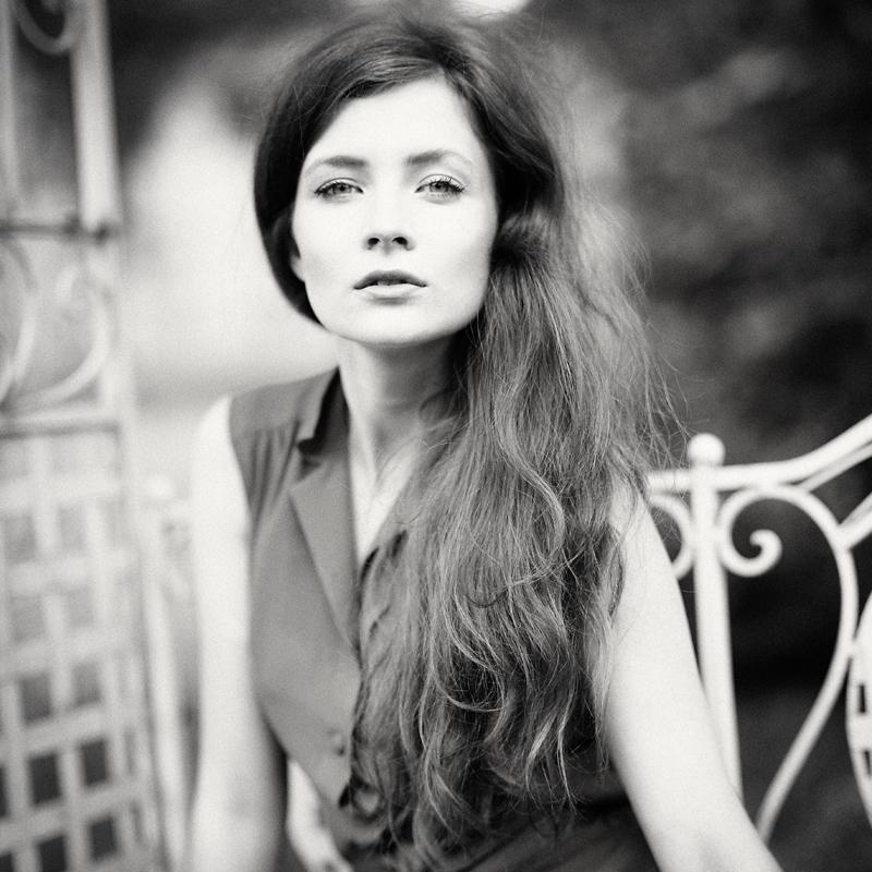 analog, Paulina Łangowska, mysterioussss, Hasselblad 203FE, modelka, fashion, portret, plener, Złodziejewo