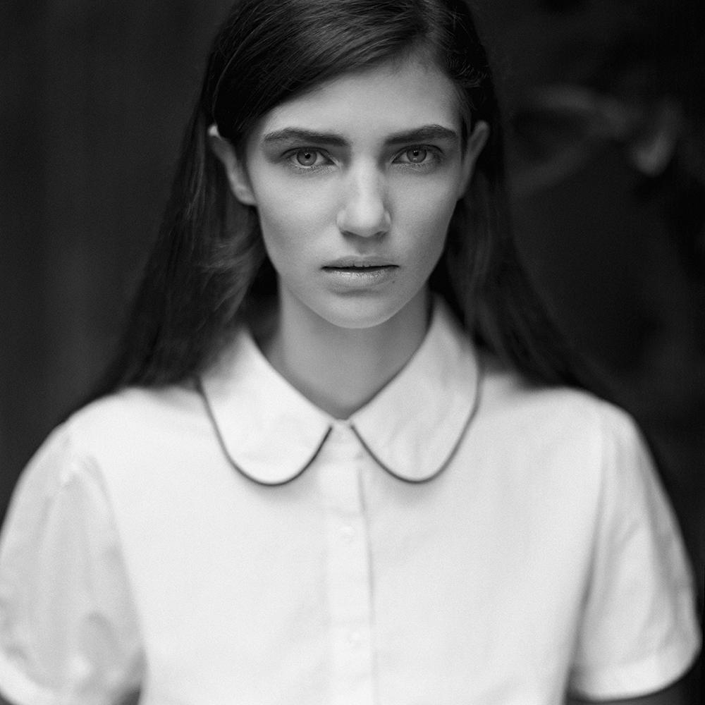 polska, analog, hasselblad 203FE, modelka, Ninoveron, portret, portrait, plener, fashion, Sudety, Ola
