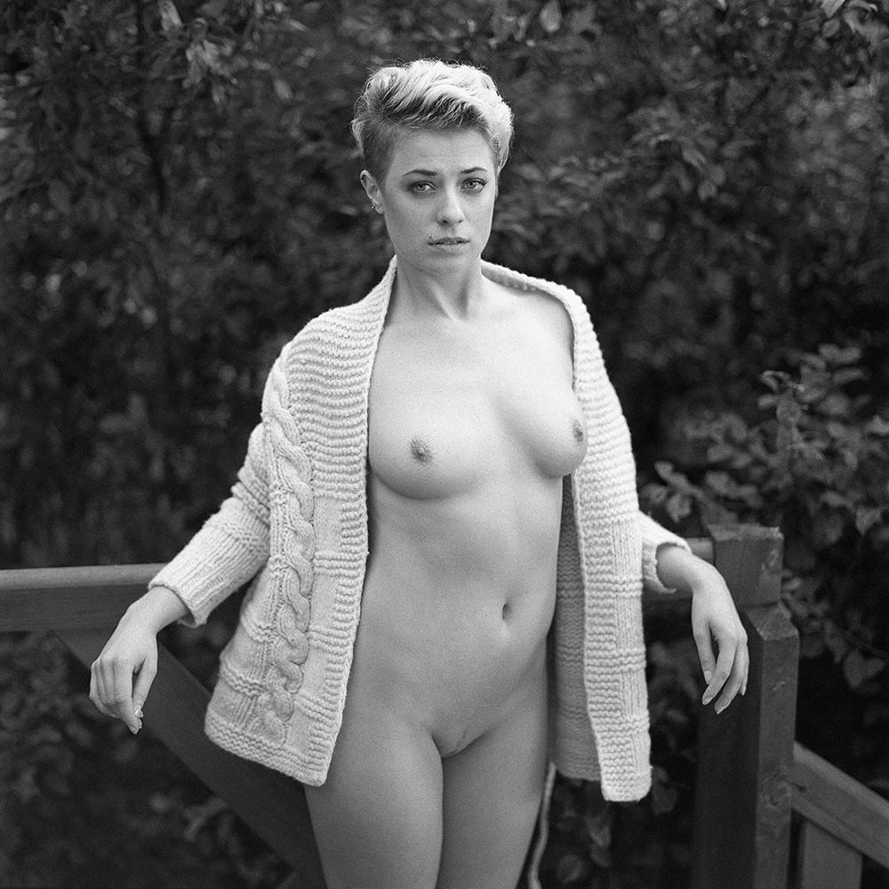 polska, analog, hasselblad 203FE, modelka, Ninoveron, akt, nude, Ola, mijagysan, women, FotoSzopa