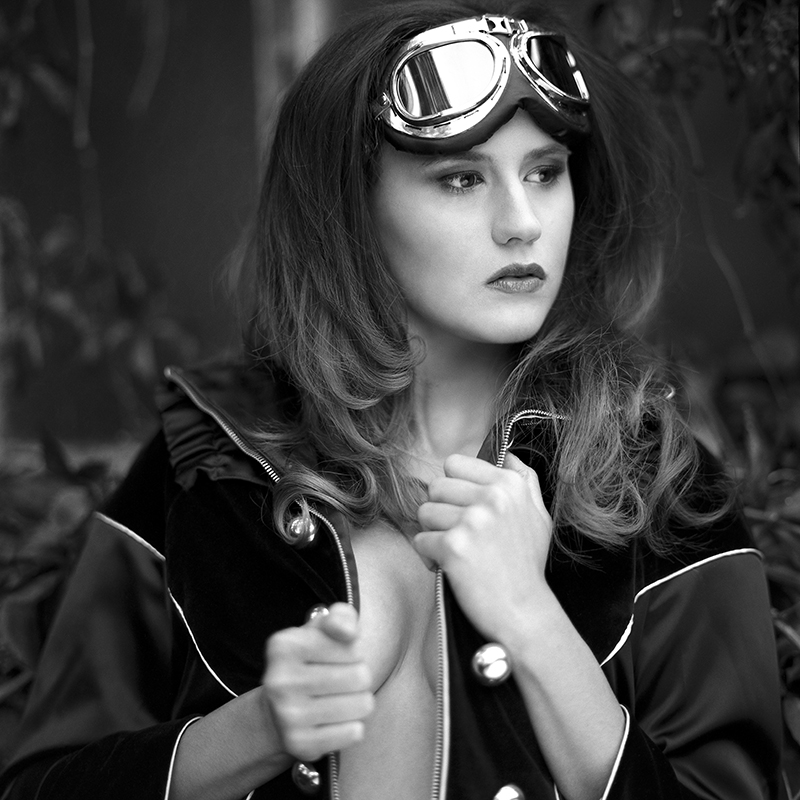 polska, analog, hasselblad 203FE, modelka, Ninoveron, portret, Renata, Ronniee, Baborówko
