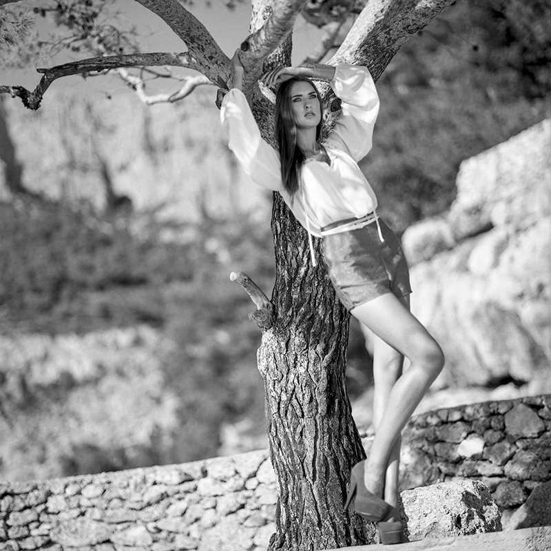 analog, Chorwacja, Croatia, Fashion, hasselblad 203FE, Hvar, modelka, Nelly Horinková, Ninoveron, Sarka Sally Halamkova Plener, Portret, Vendula Lukesová