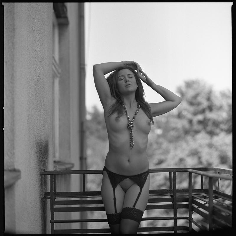 Akt, analog, hasselblad 203FE, modelka, Ninoveron, nude, Studio, wnętrza, Slipknotka, Justyna