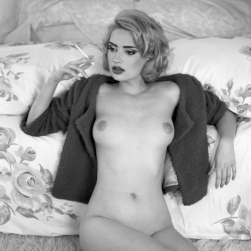 Akt, analog, wnętrza, hasselblad 203FE, Sonia, modelka, studio, Ninoveron, nude, poland, polska