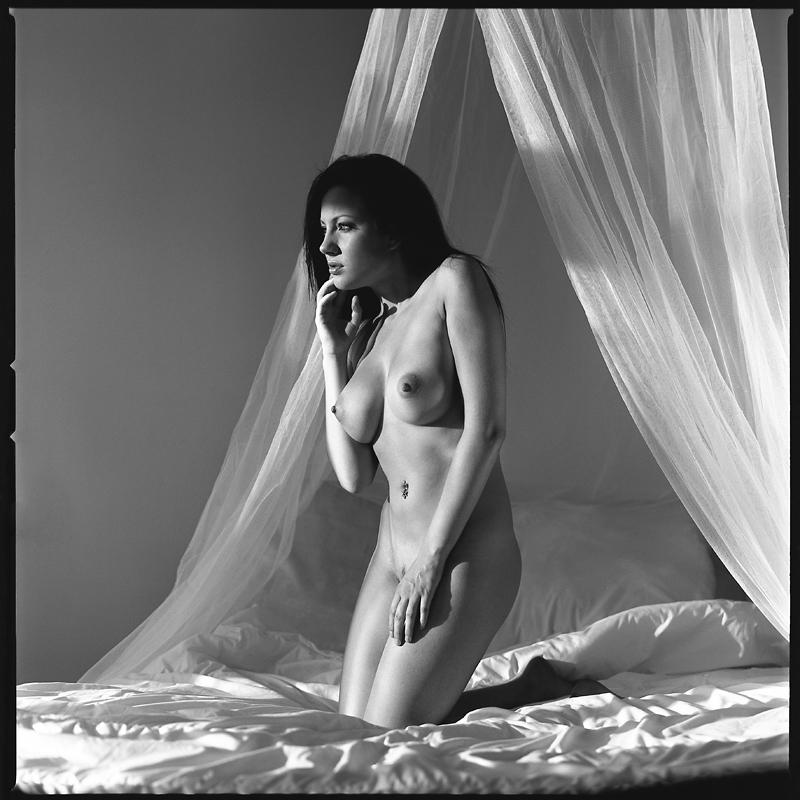 Akt, analog, hasselblad 203FE, modelka, Ninoveron, nude, Studio, wnętrza, Aga, xagyx